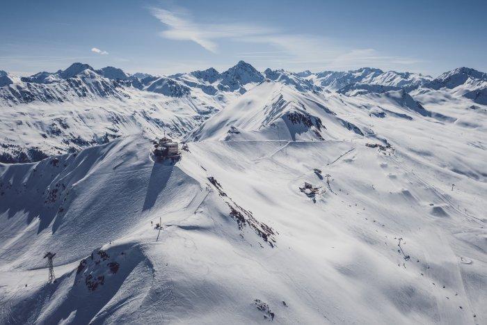noticia ski ¡Ya puedes esquiar en Davos Klosters! Te explicamos cómo reservar