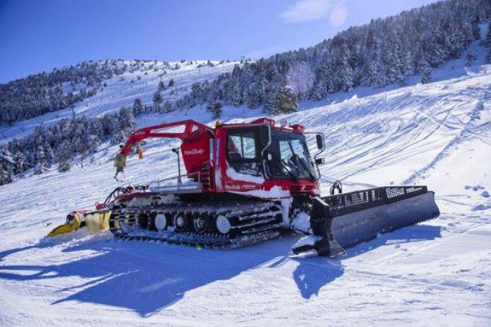 noticia ski La Molina estrena una 'pisanieves' que mide la cantidad de nieve