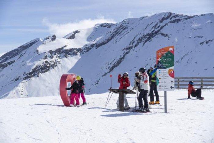 noticia ski Plan Aramón para San Valentin: Esquí, solazo, naturaleza y experiencias únicas