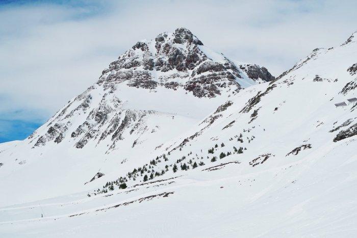 noticia ski Aramón cierra sus pistas debido a la situación creada por el COVID-19
