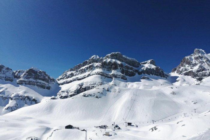 noticia ski Hoy 13 de marzo es el último día para esquiar en Candanchú