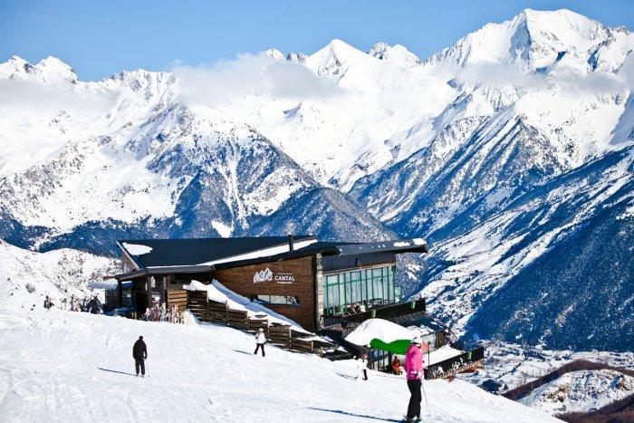 noticia ski Aramón mantendrá sus planes de inversión en las estaciones de esquí a pesar de la Covid 19