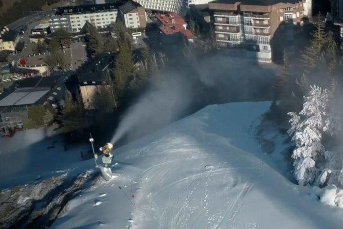 noticia ski Monachil pide a la estación de esquí de Sierra Nevada usar aguas residuales para su nieve artificial