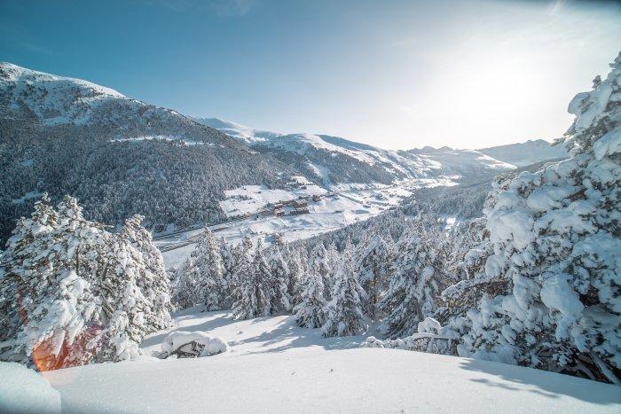 noticia ski Grandvalira Resorts - medidas de prevención contra la COVID-19 para la temporada 2020-2021
