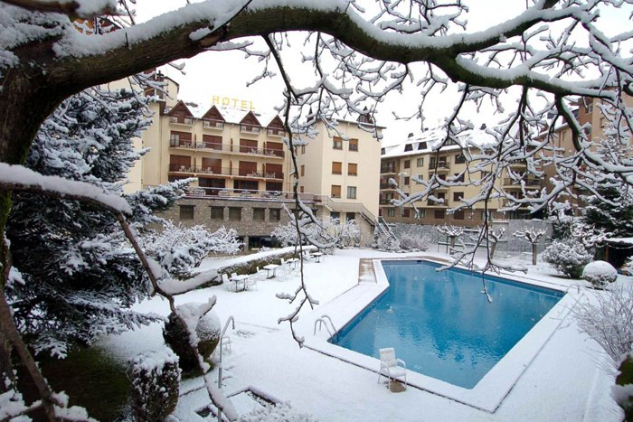 noticia ski Esquiades Selection presenta: Hotel Pessets en Sort
