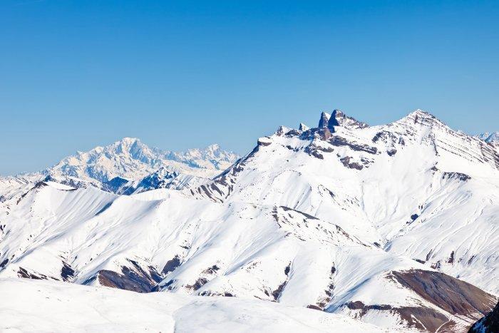 noticia ski 9 motivos por los que tienes que esquiar este verano a los Alpes franceses