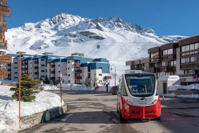 noticia ski Val Thorens incorpora el primer bus autónomo en una estación de esquí